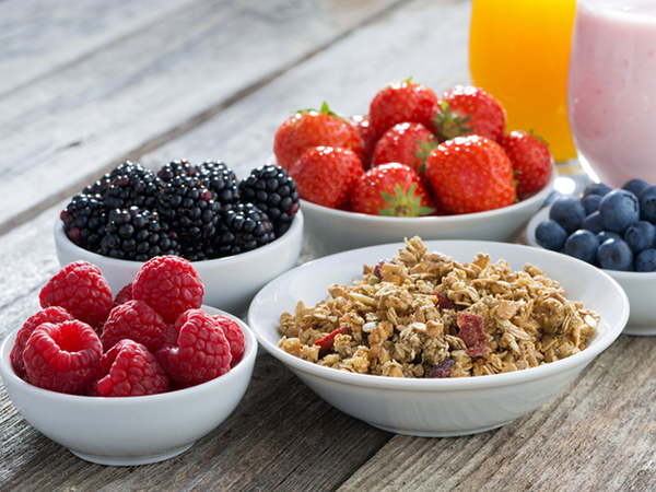 5 Tips to Kick Bad Eating Habits to the Curb