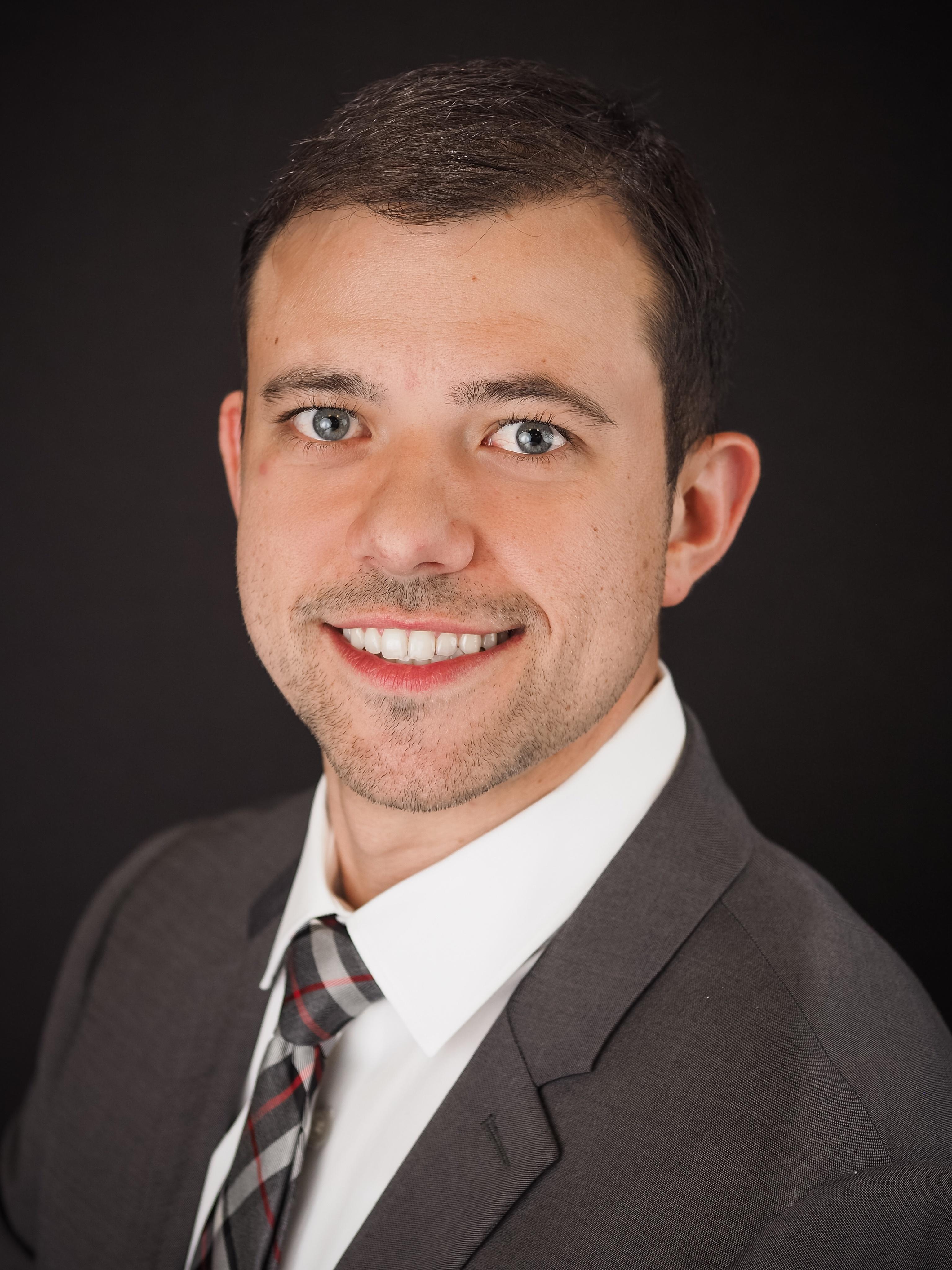Lane Welcomes Podiatrist Kyle Lindow