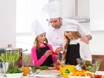 5 Easy Ways to Introduce Cooking to your Kids