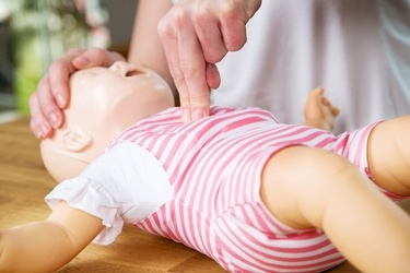 Why Every Parent Should Know Infant CPR and How You can Learn